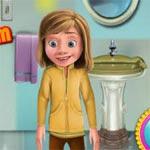 Игра Райли убирает в ванной